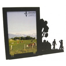 Picnic by the barn black metal 3x5V picture frame   180327832048