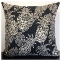 45x45cm Tommy Bahama Outdoor Batik Pineapples Black & Tan Cushion Cover   202402692279